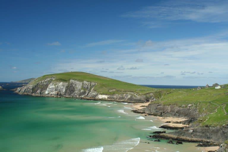 coumeenole-beach-dingle-peninsula